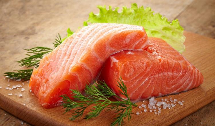 alimentos-para-queda-de-cabelo salmão